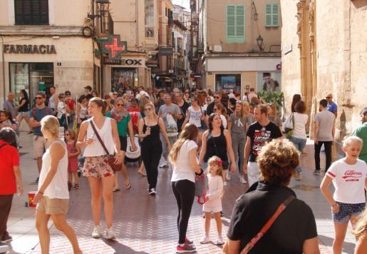 Baleares registró un aumento de 12.909 habitantes en 2017.