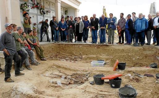 El equipo de Aranzadi, liderado por Francisco Echeverria, localizó a 52 víctimas en noviembre de 2017.