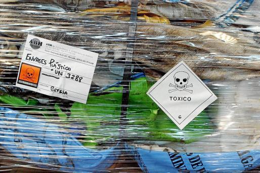 Cada consistorio tiene autonomía para decidir cómo recogerá los residuos peligrosos domésticos.