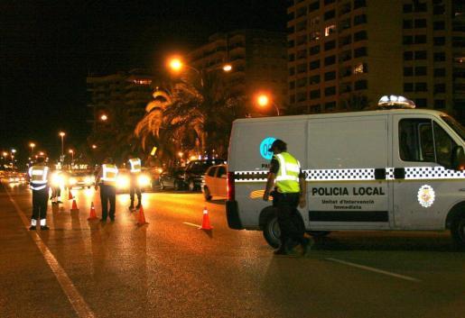La Policía Local se desplazó al lugar de los hechos.
