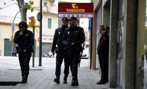 La policía investiga los atracos a los taxistas, la mayoría de ellos en Cala Major.