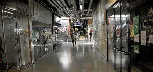 Las galerías cuentan actualmente con muchos de sus locales cerrados, algunos de propiedad municipal.