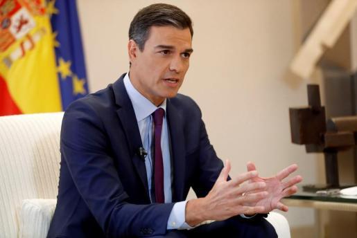 El presidente del Gobierno, Pedro Sánchez, durante la entrevista con la Agencia Efe en el Palacio de La Moncloa.