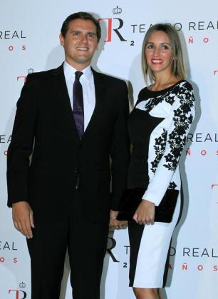 El presidente de Ciudadanos, Albert Rivera y la que era su pareja, Beatriz Tajuelo.