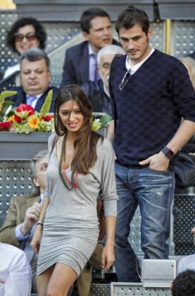 El capitán del Real Madrid, Iker Casillas y la periodista Sara Carbonero,en una de sus numerosas apariciones juntos.