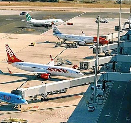 Los tres aeropuertos de las Islas han pulverizado en el acumulado enero-noviembre de 2018 todos sus registros de actividad, tanto en cuanto a movimiento de aviones como de pasajeros.