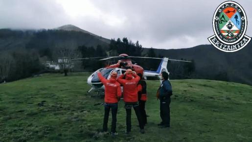 Imagen del equipo de rescate de la Ertzaintza.