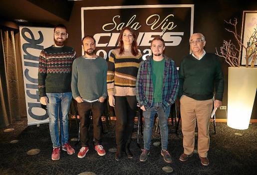 Carles Bover, Luis Ortas, Marga Melià, Guillem Juaneda y Sebastià Salom, en los cines Ocimax.