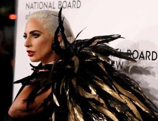 JSX02. NUEVA YORK (ESTADOS UNIDOS), 08/01/2019.- Lady Gaga llega a la National Board Of Review hoy, en Cipriani 42nd street, en Nueva York (EE.UU.). EFE/ Jason Szenes National Board of Review, en Nueva York