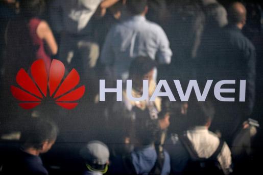 Logotipo de la empresa china de telecomunicaciones Huawei en Múnich.