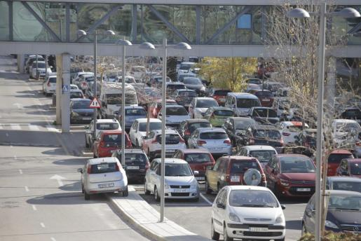 Imagen que presentaba el aparcamiento de Son Espases el pasado miércoles.