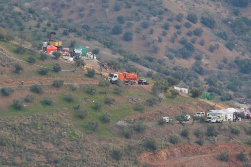 Los equipos de rescate trabajan desde el domingo en la localización del menor.