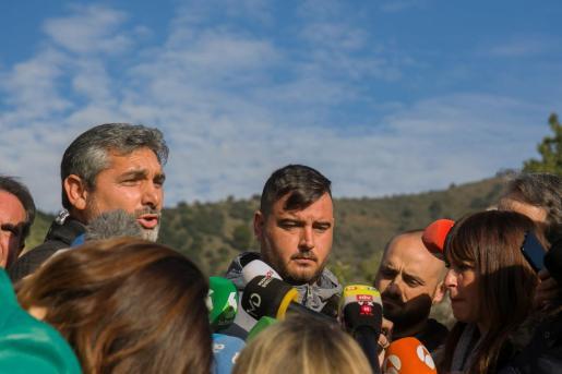 El padre de Julen, durante la rueda de prensa ofrecida este martes junto al pozo de Totalán, donde cayó su hijo.