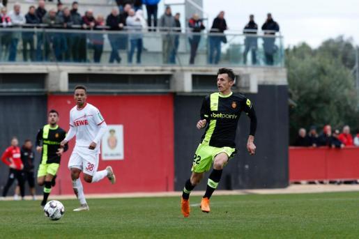 El nuevo fichaje del Real Mallorca Ante Budimir en el partido amistoso disputado este miércoles en Son Bibiloni.