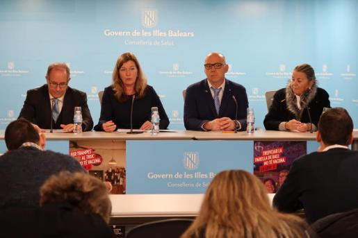 La consellera de Salud, Patricia Gómez, durante la rueda de prensa en la que ha ofrecido datos sobre la donación de órganos en Baleares.