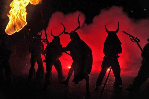 Seis 'colles de dimonis' participarán en el Correfoc de Sant Sebastià 2019.
