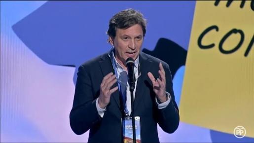 Mateo Isern, durante su intervención en la convención nacional del PP.