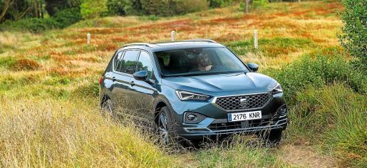 El nuevo Tarraco se sitúa a la cabeza de la familia SUV de SEAT como el hermano mayor, aunando tecnología de vanguardia, una conducción ágil y dinámica, confort de marcha, practicidad y funcionalidad, con un diseño innovador y elegante