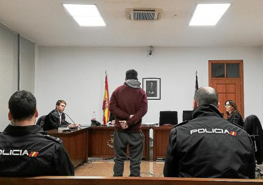 El procesado, este miércoles, en una sala de los juzgados de Vía Alemania, de Palma.