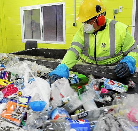 Imagen de la planta de reciclaje de envases de Tirme.