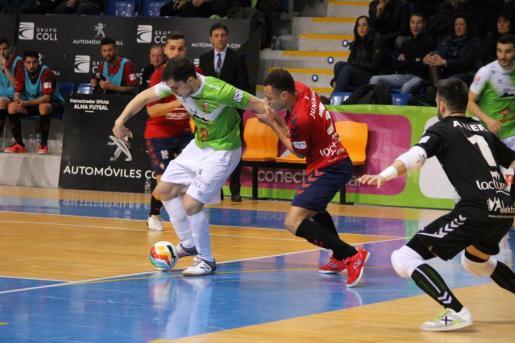 Un momento del encuentro que ha enfrentado al Palma Futsal con el Osasuna.