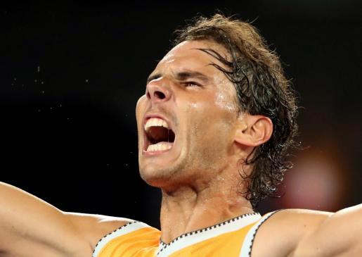 Rafael Nadal celebra su clasificación para la gran final de Australia.