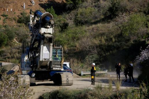 Tras la localización de Julen, la maquinaria ha abandonado la finca de la sierra de Totalán,en Málaga.