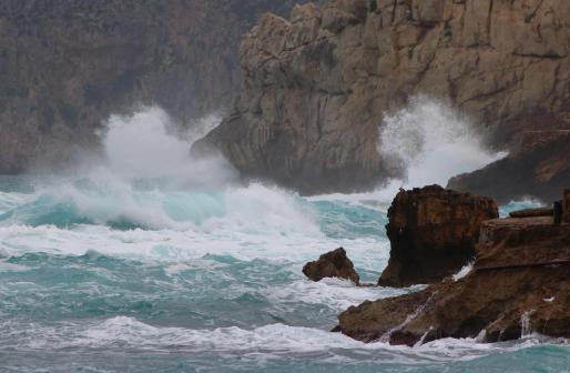 El fuerte oleaje también afectará a Mallorca.