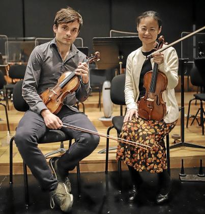 Francisco Fullana y Midori, el miércoles después de un ensayo, en los estudios Sonoteque.