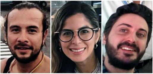 Fotografía de archivo de los tres periodistas de la Agencia EFE, los colombianos Mauren Barriga (c); el fotógrafo Leonardo Muñoz (izda), y el español Gonzalo Domínguez, que fueron detenidos por las autoridades de Venezuela en Caracas.