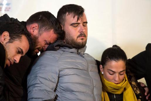 José Roselló y Vicky García, padres de Julen, durante la vigilia antes de localizar al niño en el pozo.