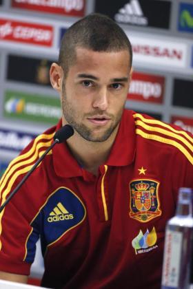 El jugador de la selección española Mario Suárez, durante una rueda de prensa en 2013.