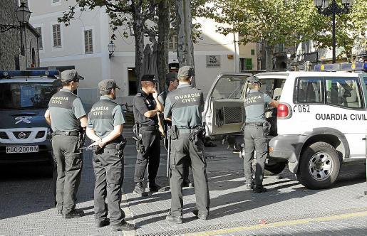 La Guardia Civil y la Policía Local de Bunyola investigan lo ocurrido en el pueblo.