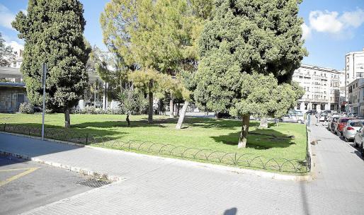 Imagen general de la plaza del Progrés, en el barrio de Santa Catalina.