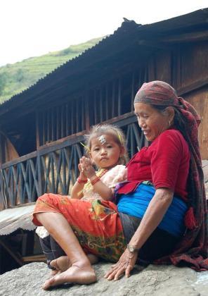 A pesar de que este tipo de marginaciones llevan más de una década prohibidas en Nepal no cesan de producirse.
