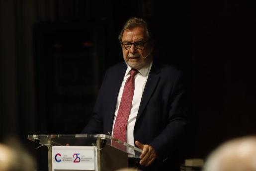 El periodista Juan Luís Cebrián.