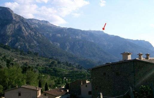 Imagen facilitada por el GOB en la que se señala la zona en la que se pretende construir el chalet.
