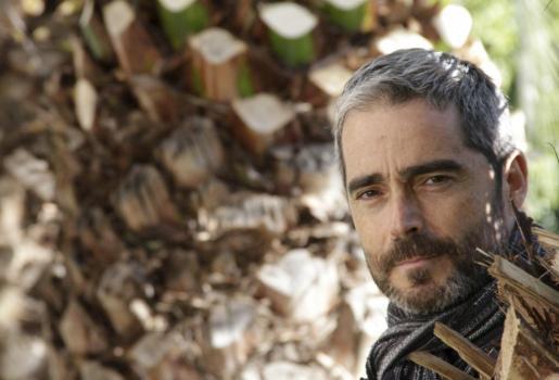 Inquieto, inconformista y multifacético, Nando González hace balance de su trayectoria, durante la entrevista.