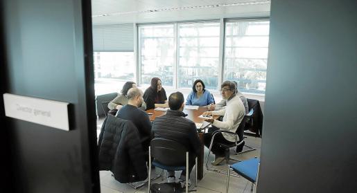 Jaume Ribas, con representantes de los padres y de los profesionales.