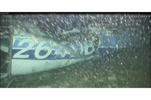Imagen que muestra los restos del avión N264DB en el que viajaba el futbolista argentino Emiliano Sala.
