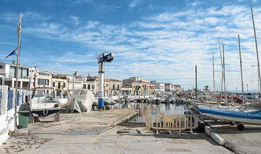 Las instalaciones náuticas de El Molinar están deterioradas y necesitan una reforma.