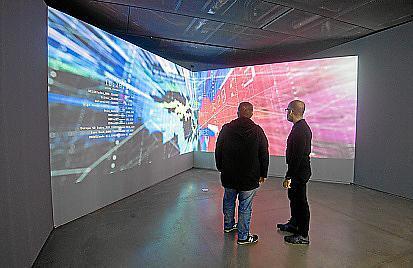 Una de las salas de la exposición en la que se abre una cosmología del conocimiento.