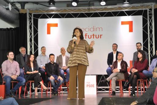 La vicepresidenta del Gobierno, Carmen Calvo, ha participado en un acto del PSIB-PSOE en Inca.