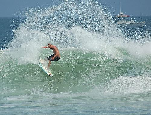 El mundo del surf está consternado.