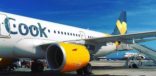 El grupo turístico británico-alemán Thomas Cook, que no pasa por un buen momento económico, ha puesto precio a sus compañías aéreas: 1.000 millones de euros.