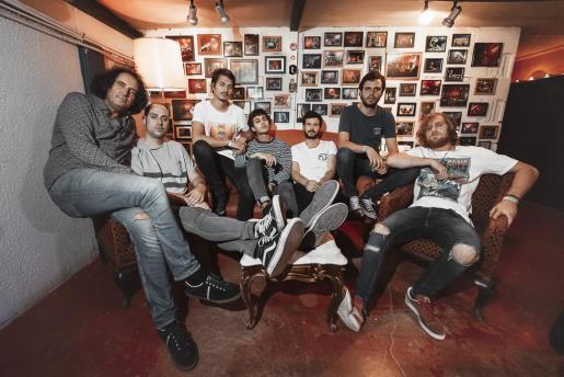 La formación Taburete recala en Palma para ofrecer un concierto en Son Fusteret.