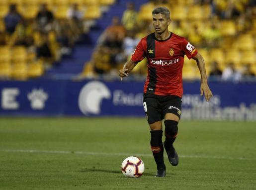 Salva Sevilla, centrocampista del Mallorca, durante un partido de esta temporada.