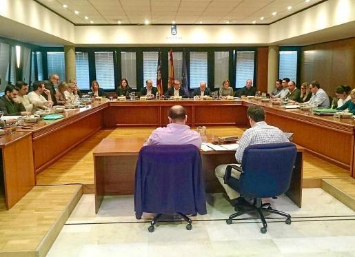Los votos negativos de Sí Se Puede y de la concejal no adscrita Isabel Manresa impidieron aprobar los presupuestos de 2018.