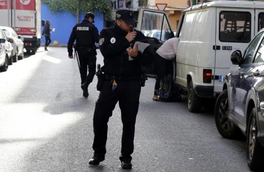 Los agentes de la Policía de Palma se han hecho cargo de las pesquisas.