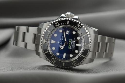 Dos turistas han perdido dos relojes Rolex en Palma y quien los devuelve tendrá una recompensa.